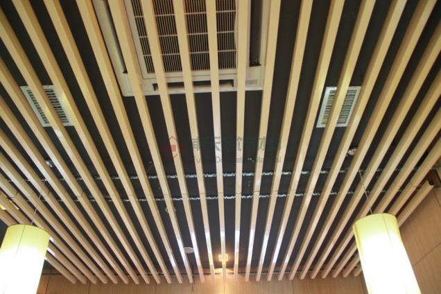 室内铝单板幕墙案例-合肥0048香辣虾