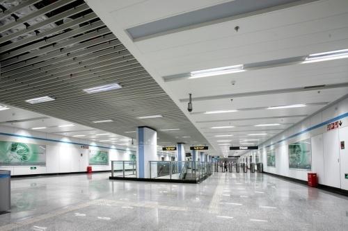 室外铝单板幕墙案例—上海轨道8号线